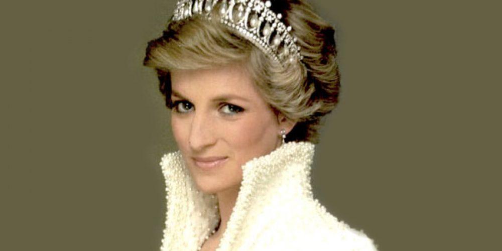 """Diário de uma princesa… Ou apenas as cabeças com suas """"tiaras reais"""""""